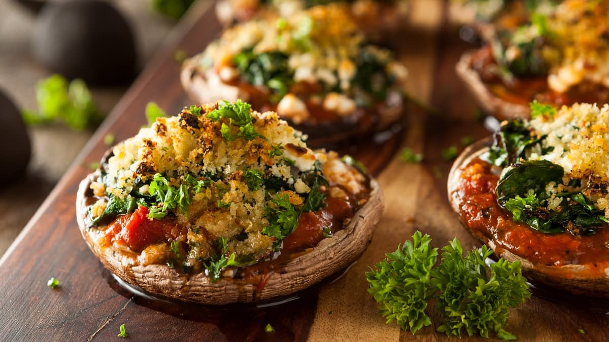 'Tis the Season for… Stuffed Mushrooms with the Million Dollar Chef, Walter Martino