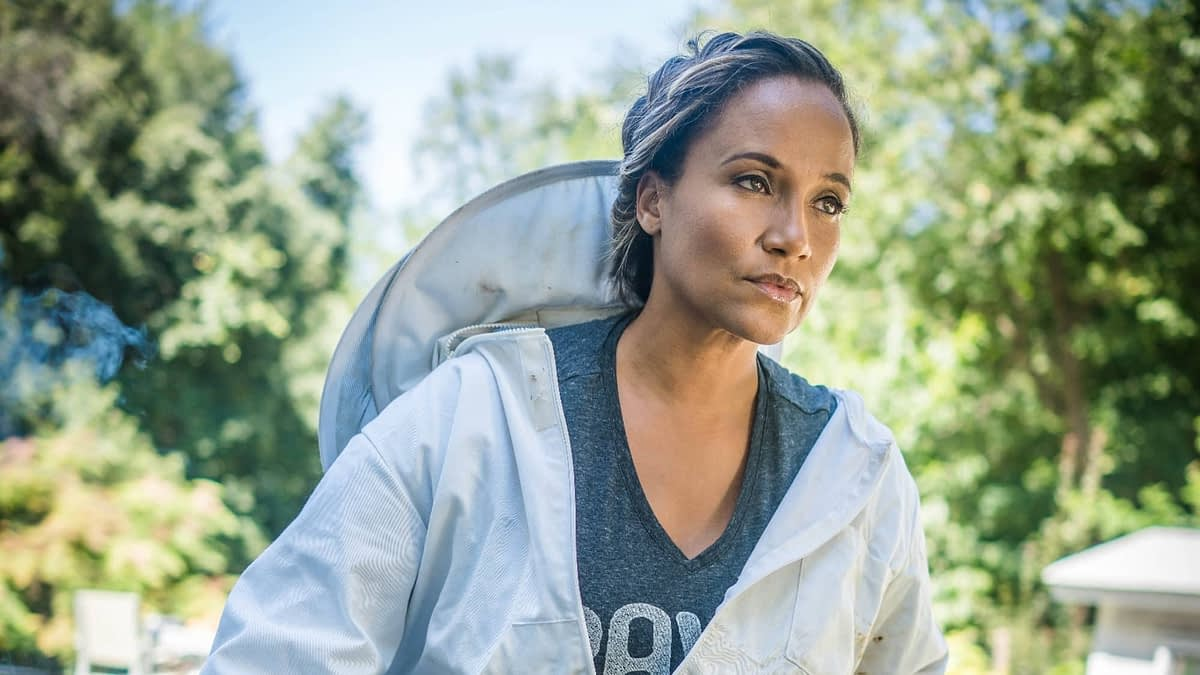 Back to Basics with Yvonna Kopacz-Wright, Actress, Bee-Keeper, and Owner of Lomar Farms